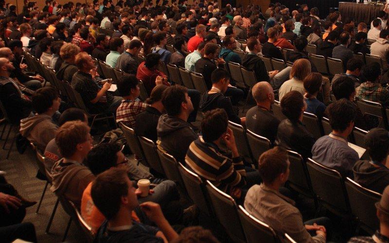 Keynote-Speaking Teilnehmer und Zuhoerer von Stefan A. Scherer